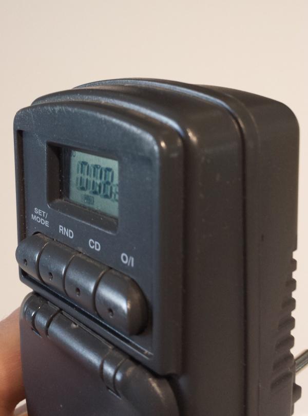 presa temporizzata Lidl HBT 144 EU richiusa dopo la sostituzione delle batterie